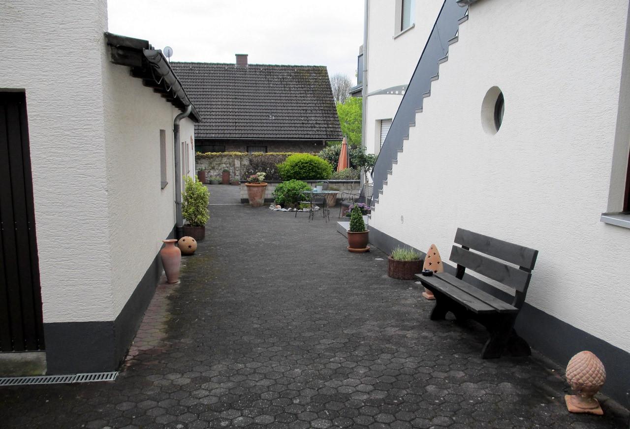 Außen Berzdorf